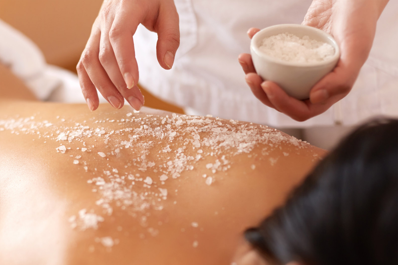 salt-scrub-body-treatment